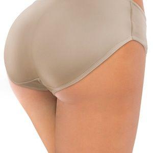 f4dcfe0d2 CURVEZZ Intimates   Sleepwear - Round Butt Lift Padded Underwear Panty  Shaper